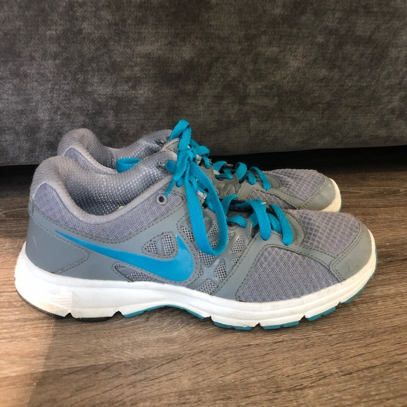 Nike Relentless 2 Blue and Gray Sneakers